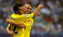 Villarreals Giuseppe Rossi (li.) freut sich über seinen Treffer gegen Malaga. (Foto: Reuters)